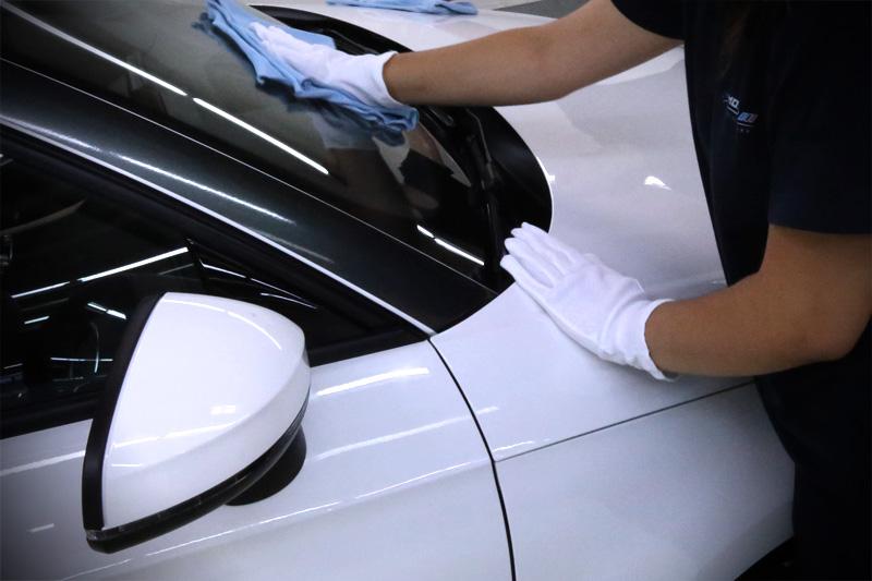 Autopolitur / Fahrzeugaufbereitung / Auto Aufbereitung / Autopflege